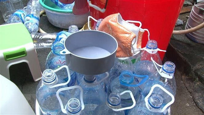 Vietnamese establishment found producing vinegar from industrial acid