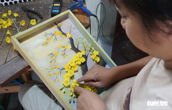 Ho Chi Minh City center teaches orphaned, disabled students to 'grow flowers' from clay