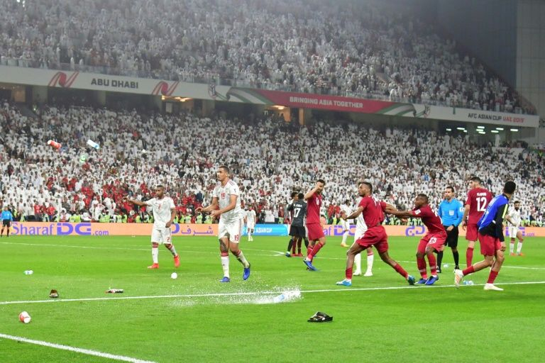 Qatar pelted with shoes as they stomp UAE to reach Asian final