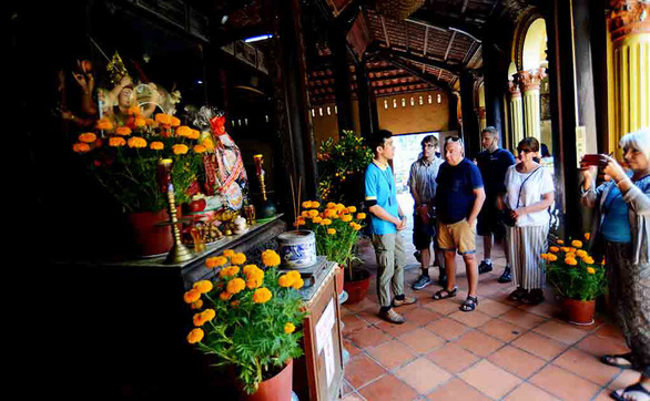 Traveling during Tet not a good idea: expats