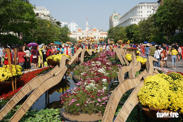 A section of Nguyen Hue Flower Street in Ho Chi Minh City. Photo: Tuyet Kieu / Tuoi Tre