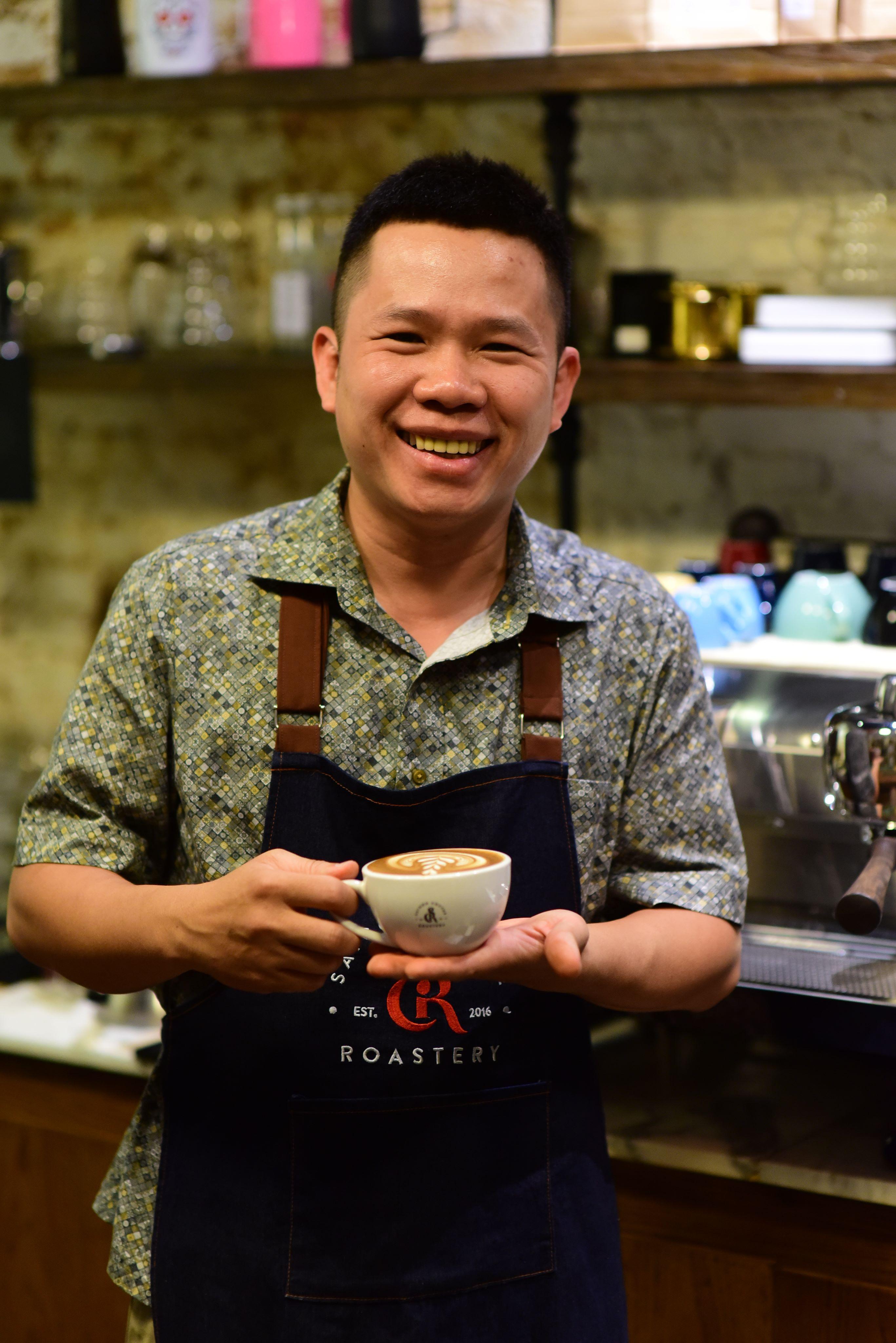 Barista Phap Vo. Photo: Quang Dinh/ Tuoi Tre