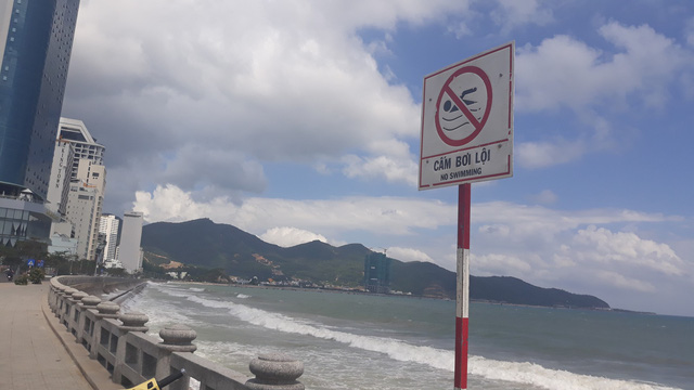 Two Russians drown in Nha Trang