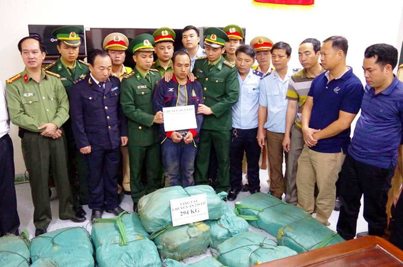 Laotian nabbed for transporting nearly 300 kilograms of meth into Vietnam