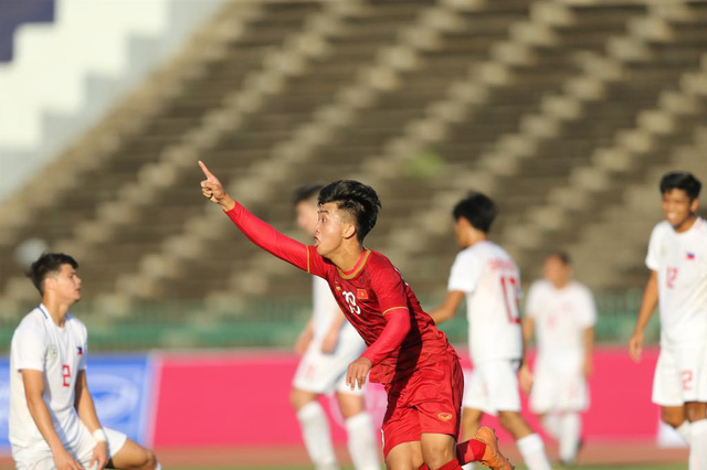 Vietnam bounce back from goal down to beat Philippines in youth championship