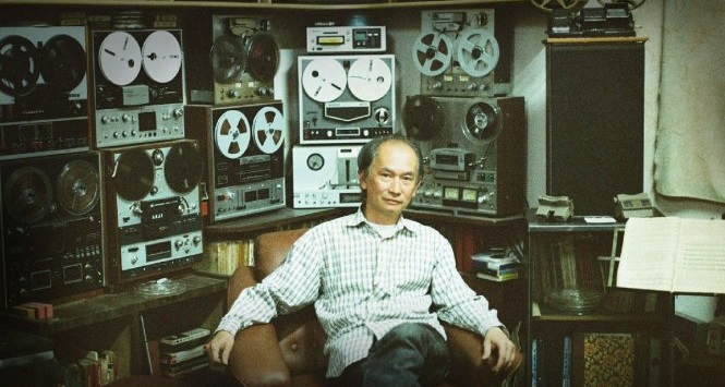 This Vietnamese man has collected and fixed old tape recorders for decades