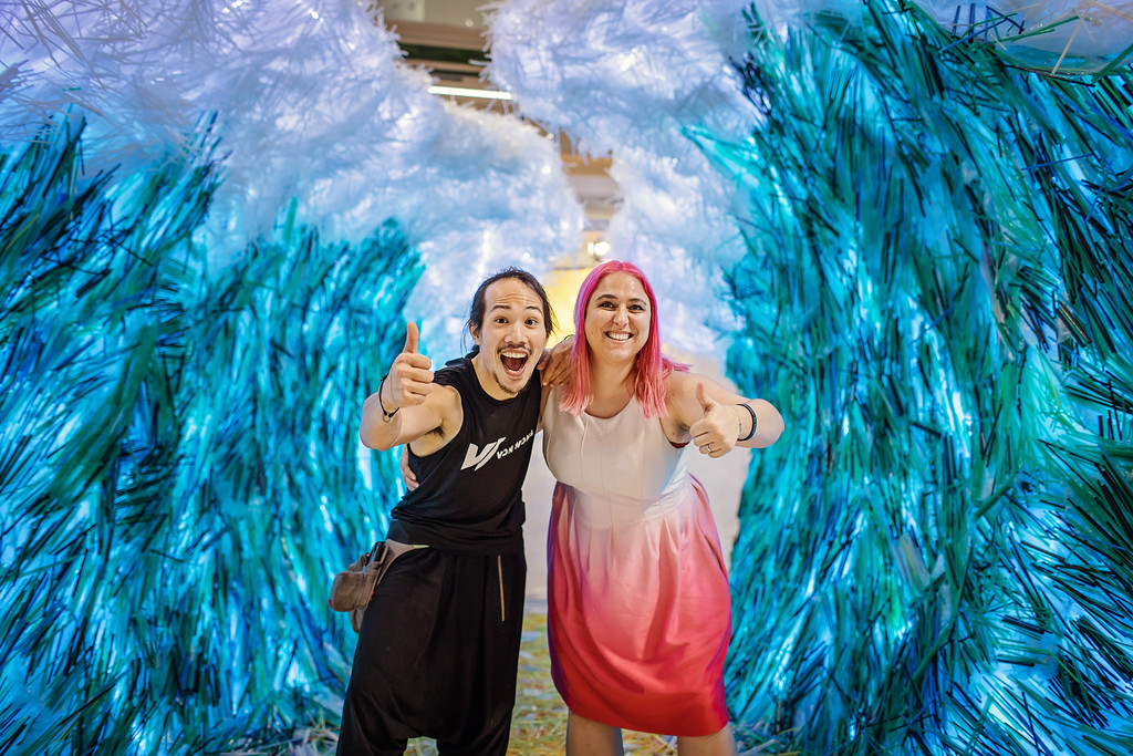 Von Wong and Julia Mesner, co-founder of Zero Waste Saigon pose with The Parting of the Plastic Sea. Photo: Anna Tenne