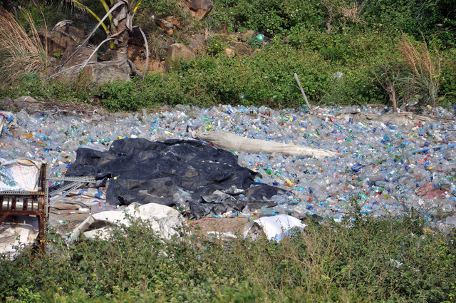 Garbage at the landfill on the Con Dao Island, off the southern Vietnamese coast. Photo: Dong Ha / Tuoi Tre