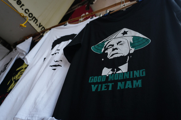 T-shirts with Trump, Kim images sell like hot cakes in Vietnam ahead of Hanoi summit