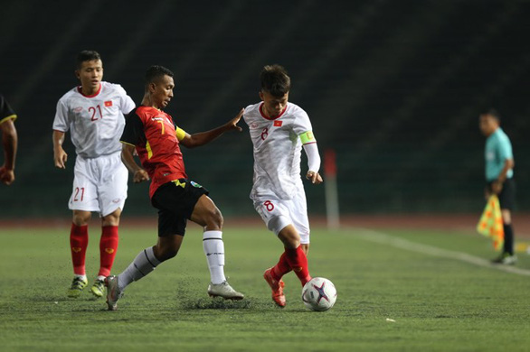 Vietnam to face Indonesia in youth championship semifinal