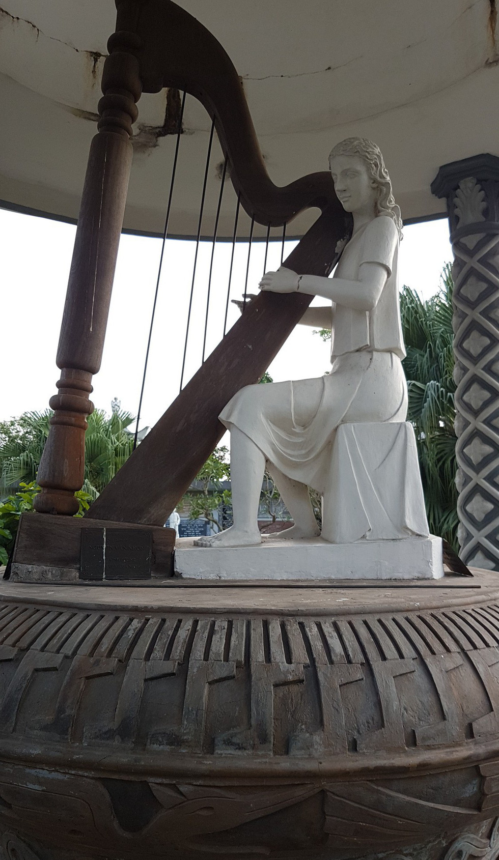The statue of a woman playing a harp at the Bui Chu Diocese in Nam Dinh Province, northern Vietnam. Photo: Thai Loc / Tuoi Tre