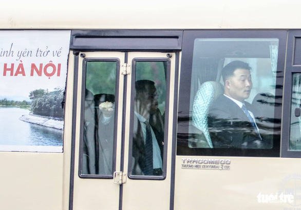 North Koreans are seen in a bus leaving for a hotel in downtown Hanoi, Vietnam, February 24, 2019. Photo: Nam Tran / Tuoi Tre