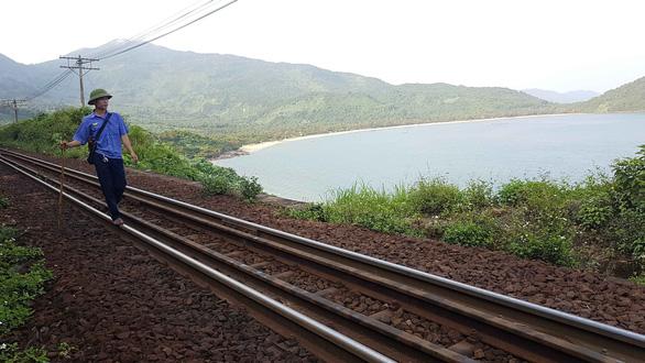 The life of track patrolmen on Vietnam's deadliest railroad