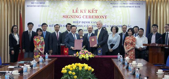 Vietnam signs $188mn ADB loan to upgrade expressway in northern region