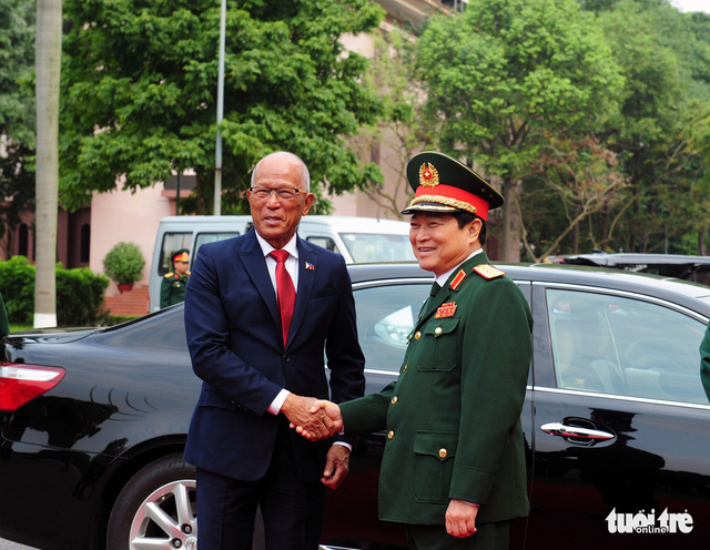 Defense ties between Vietnam and Philippines have positively developed: ministers