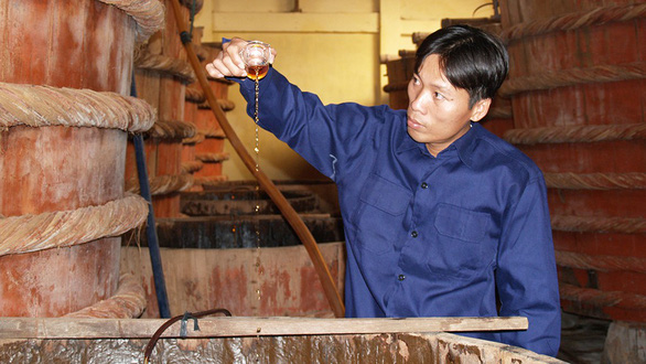 Traditional Vietnamese fish sauce makers decry draft standard for production