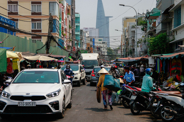Activities at the market can affect traffic on the street and result in traffic jams during rush hours.