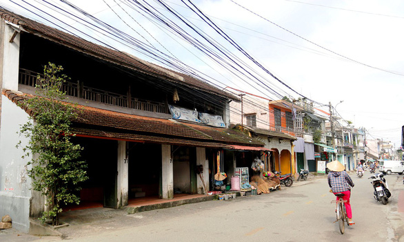 Residents in Vietnamese ancient quarter plagued by preservation plan