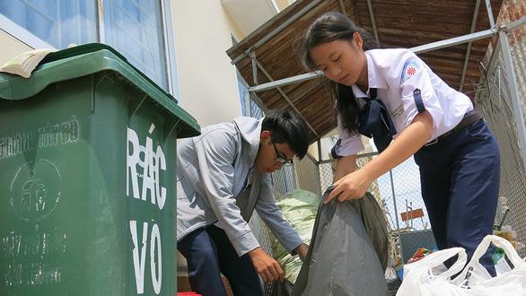 Vietnamese school says no to plastic waste