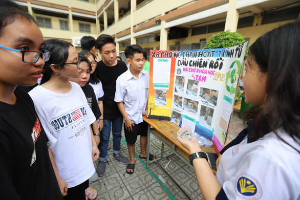 Vietnamese high school students turn used cooking oil into soap