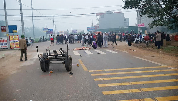 At least 7 dead as passenger bus hits funeral procession in northern Vietnam