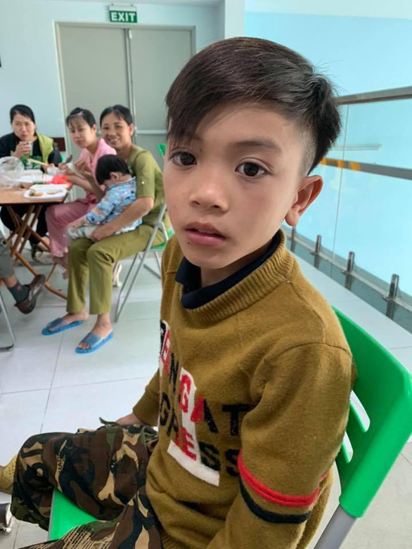 Vi Quyet Chien is seen  at Vietnam National Children's Hospital in Hanoi, on March 26, 2019 in this photo posted on the Facebook of a doctor.