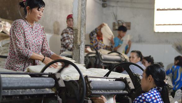 Man spends lifetime nourishing 'flour village' in Vietnam's Mekong Delta