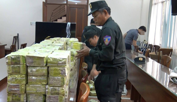 Vietnamese police arrest leader of Chinese-run ring caught trafficking 576kg of drugs