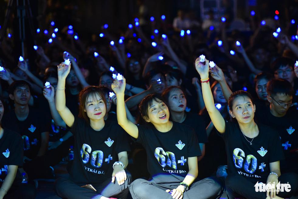2019 Earth Hour marked in Hanoi, Ho Chi Minh City