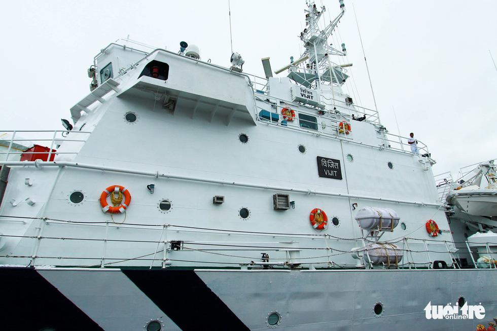 The command area of the Indian Coast Guard's VIJIT ship. Photo: Tan Luc / Tuoi Tre