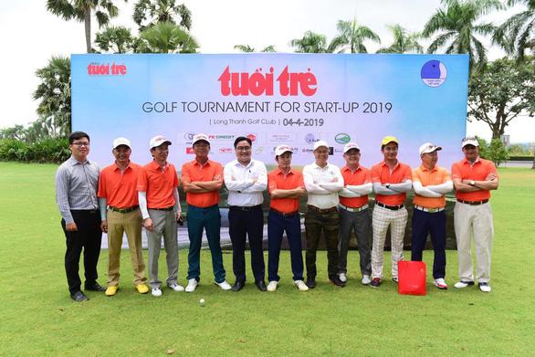Tuoi Tre organizes golf tourney to support start-ups in Vietnam