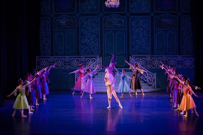 Cinderella dances with Prince Charming at a Royal Ball in this photo taken from the ballet 'Cinderella'. Photo: HBSO