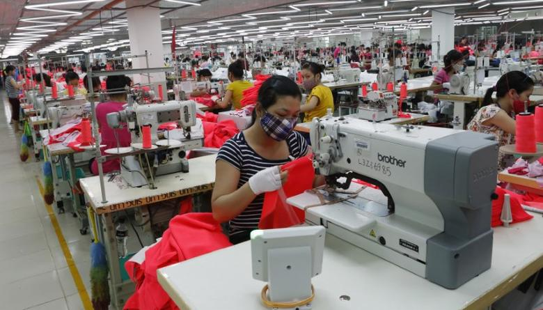 'Harsh' tactics used to keep wages low for Vietnamese garment workers