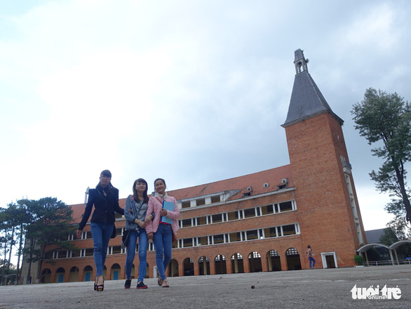 Da Lat's must-see college of education stops receiving tourists