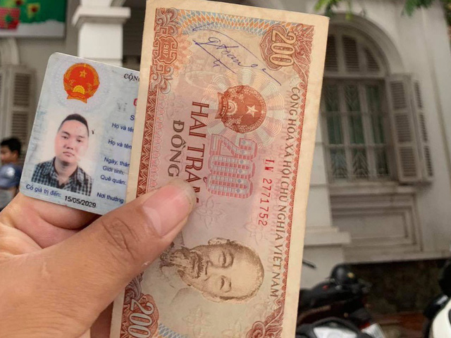 In Vietnam, man asked to pay $0.0085 in bank debt