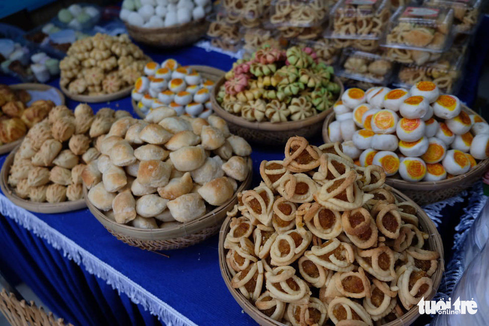 Different kinds of cakes are displayed at a food stall at the eighth Vietnamese Traditional Cake Festival in Can Tho City, southern Vietnam. Photo: Lan Ngoc / Tuoi Tre