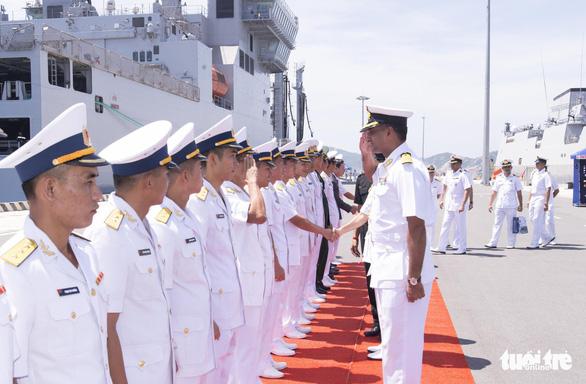 India's naval vessels visit Vietnam