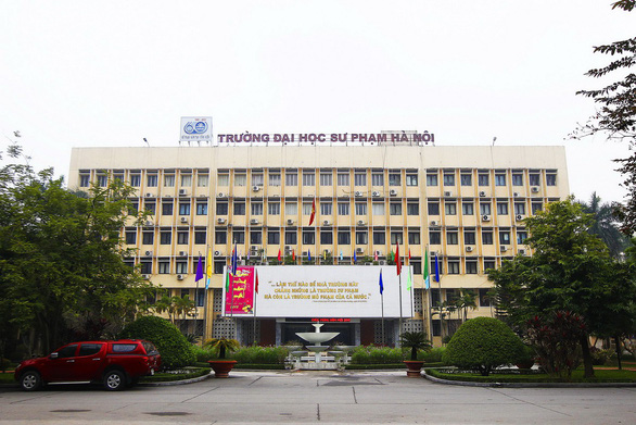 'Top student' withdraws from Hanoi university after test-score altering exposed