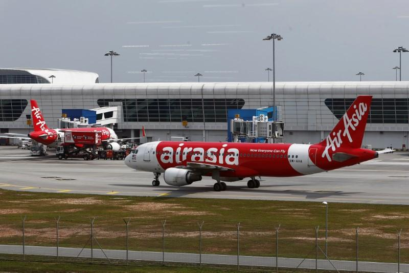 AirAsia's plan to launch Vietnam carrier fails to take off