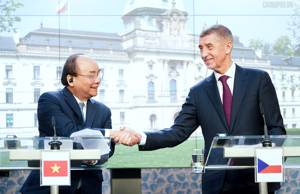 Vietnamese to boost multi-faceted cooperation with Czech Republic