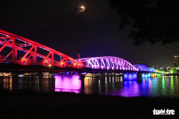 Hue's iconic bridge gets big-ticket makeover