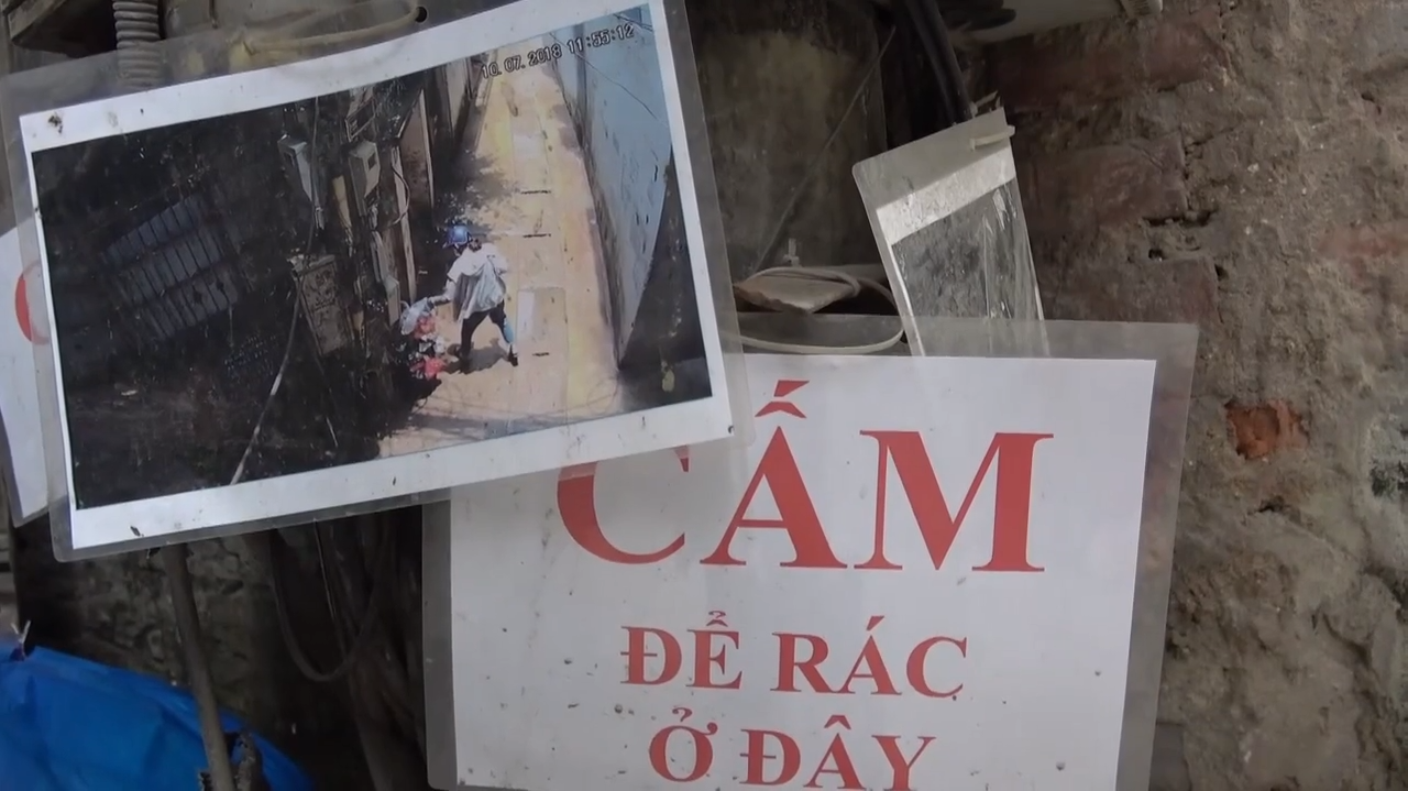 Hanoi alley ends illegal garbage dumping by publicly shaming violators