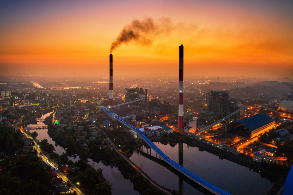 Photography exhibition on Vietnam's air pollution ongoing in Ho Chi Minh City