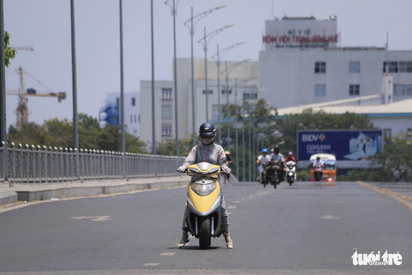 Temperature hits 40 degrees Celsius as dry season peaks in central Vietnam
