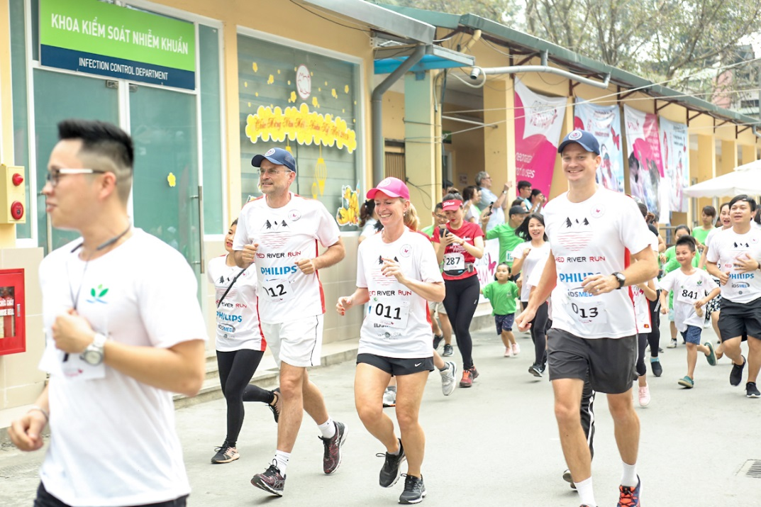 About 900 runners took part in the fun run on April 21.