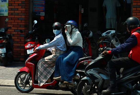 Temperature to reach 38 degrees Celsius, UV at extreme level in Ho Chi Minh City
