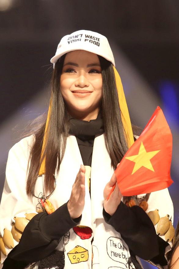 Miss Earth 2018 Nguyen Phuong Khanh. Photo: Gia Tien / Tuoi Tre
