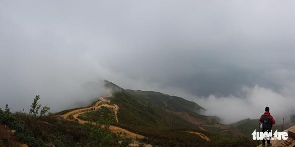 Distinctively Vietnamese: mesmerizing Dinosaur Backbone mountains