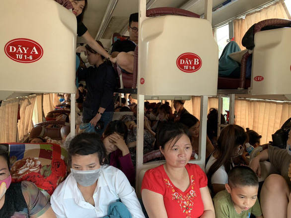 Tip-off leads to Vietnam police catching bus carrying passenger number 1.5 times capacity