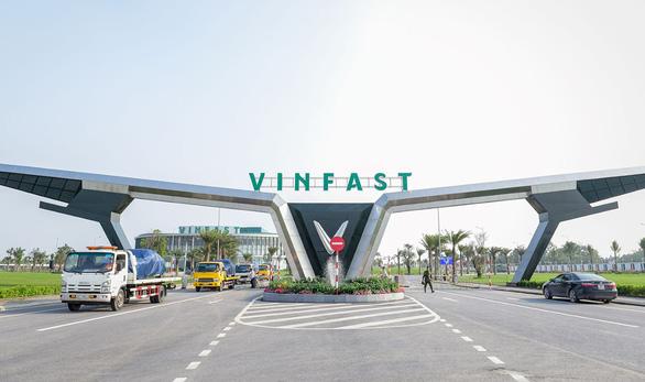 Vietnam's Vingroup launches electric bus arm